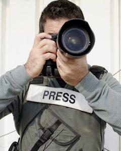 مناسب برای عکاسی خبری و سریع