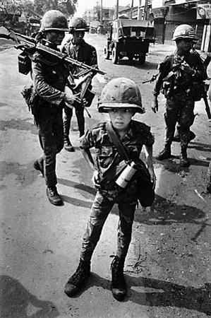 عکس گرفته شده از جنگ ویتنام با آمریکا توسط فیلیپ جونز گریفس