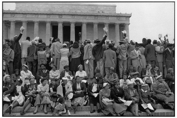 عکس گرفته شده از تظاهرات در دفاع از حقوق بشر در ایالات متحده توسط هنری کارتیه برسون