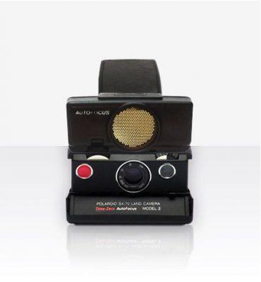 دوربین چاپ سریعPolaroid sx-70 sonar black
